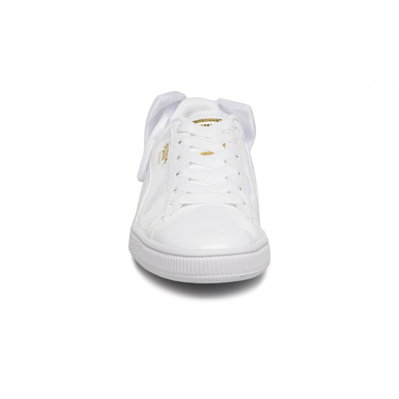 new product 05a76 e7935 PUMA-WN-SUEDE-BOW-PATENT-BLANC-368118-02-